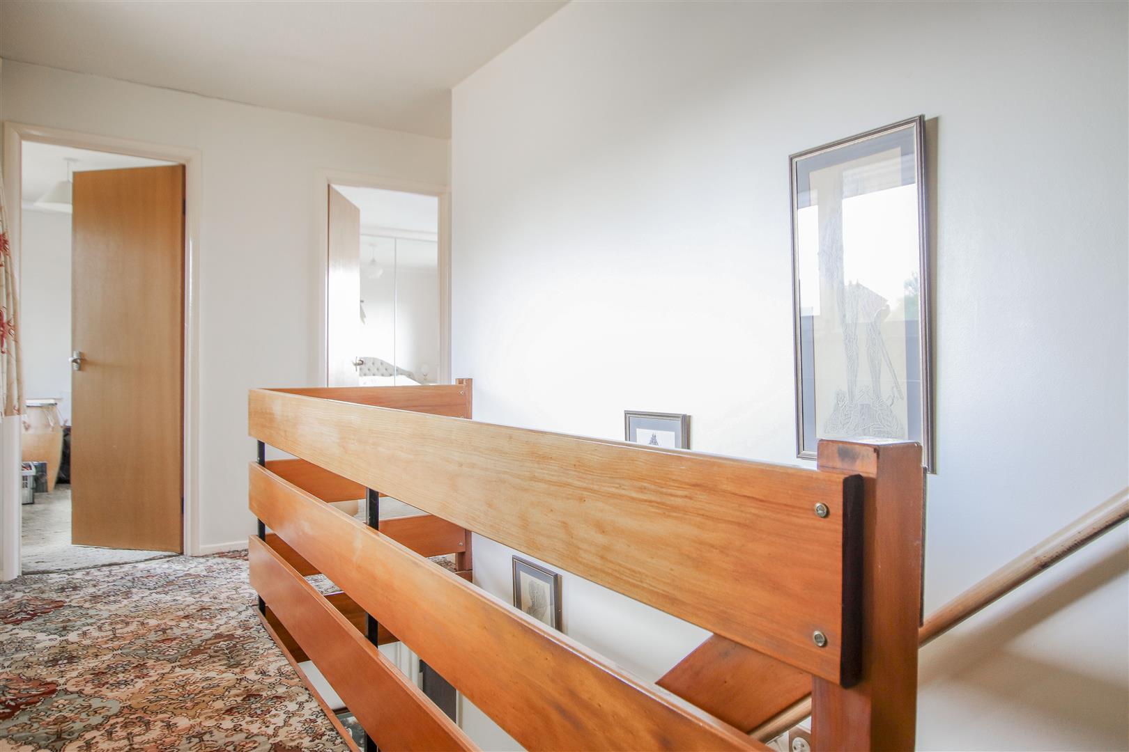 4 Bedroom Detached House For Sale - 13.JPG